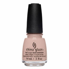 China Glaze Note To Selfie 14ml - Shades Of Nude (63,57 EUR pro 100 ml)
