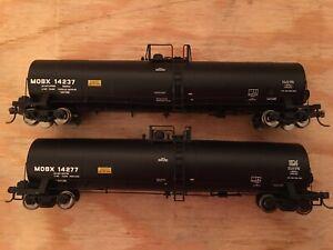 HO Atlas Lot of 2 MOBX 23,500 Gallon Tank Cars NS CSX BNSF UP KCS CN CP
