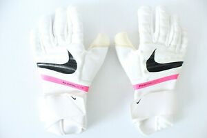 Nike Phantom Elite Goalkeeper Gloves, UK Size 9