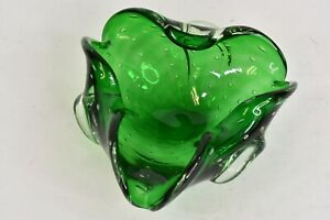 Vintage Green Controlled Bubble Art Glass Ashtray Murano Style 7 in x 3 in Décor
