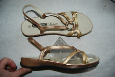 Shades of Gold Faux Leather TENDER TOOTSIES Open Toe Slingback Sandals 8 M
