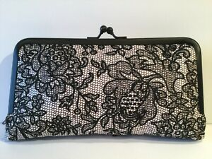NWT Patricia Nash Everly White Lace Leather Wallet Clutch P647269