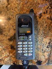 VINTAGE CLASSIC MOTOROLA PROFILE 300 34728WNKEA MOBILE CELL PHONE + CHARGER