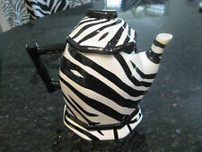 """NWOT HARD TO FIND """"ROSCHER ZEBRA COLLECTION"""" TEA POT WITH LID/ BLACK & WHITE"""