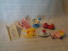 CALICO CRITTERS -  RIDING TOYS