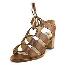 Sandali e scarpe beige per il mare da donna dal Brasile