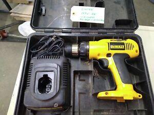"""Dewalt DW991, 14.4V, 3/8"""" VSR Cordless Adjustable Clutch Drill/Driver"""
