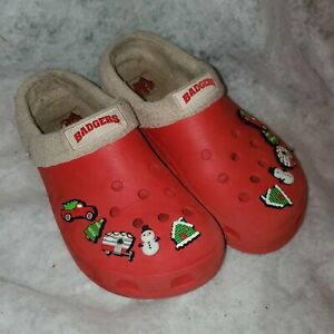 Crocs Classic red Mammoth Removable Liner Clog With Christmas Charms W 12 M 10