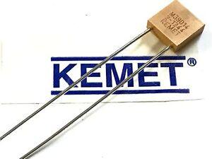 KEMET MILITARY SPEC MULTI LAYER CERAMIC RADIAL CAP 2200pF  50V  5%     fcb16.24