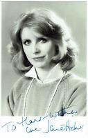 Jane Asher - hand signed Autograph Autogramm COA Zertifikat - Autogrammkarte