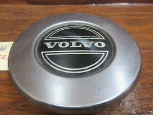 Volvo 240, 740, 940; 1975, 1976, 1977, 1978, 1979, 1980 - 1995, Metal Center Cap