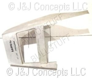 LAMBORGHINI COUNTACH RIGHT FRONT FENDER 007010049
