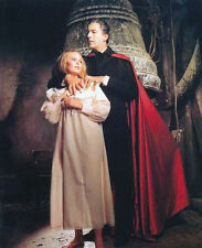 VERONICA CARLSON & CHRISTOPHER LEE UNSIGNED PHOTO - 4070