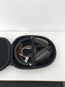 BETRON HD1000 ON EAR HEADPHONES, BASS DRIVEN SOUND WITH CASE 3.5MM JACK