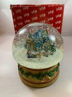 The San Francisco Music Box Company 1995 Winter Wonderland Snow Globe w/ org box