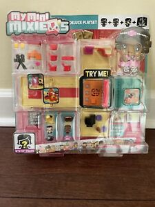 New My Mini MixieQ's THEATER DELUXE PLAYSET With Mystery Figure Mattel DXD61