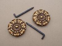 Ancienne paire de rosaces pour tableaux en laiton - Louis XVI - (très grands)