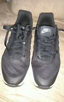 NIKE Air Max Invigor 749680-010 Black White Running Shoes Men size 13
