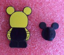 Pins DISNEY Poupée Mickey Jaune Et Noir