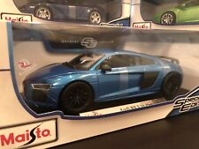 Maisto 1:18 Scale Special Edition Diecast Model Audi R8 V10 Plus (Blue)