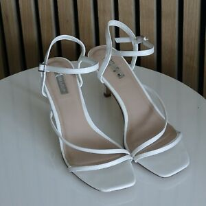 Fabulous PRIMARK Ladies Barely There White Heeled Sandals size UK 8 / EU 41
