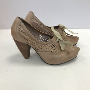 Bertie Shoes Size UK5 EU38 Beige Nude Cutout Stylish Leather Formal 121304