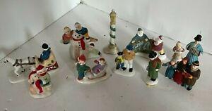 Vtg Accessories Christmas Village People Figures  Lot7 Porcelain