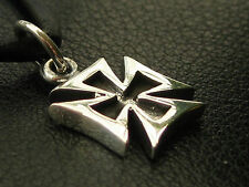 Eisernes Kreuz 925 er Silber massiver kleiner Ketten Anhänger   / KA 110