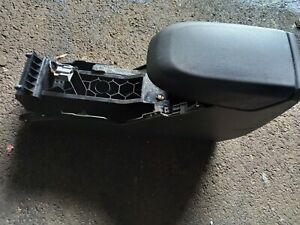 Ford FOCUS C-MAX 2.0 Titanium Mittelkonsole 7M51R045M62ADW / VP7M5XR045M62ADW