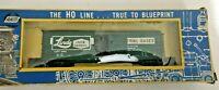 HO scale AHM Linde Union Carbide Box Car  Industrial Gases  LAPX 2042