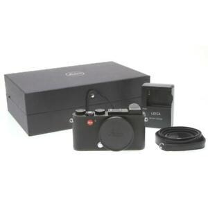 Leica CL Mirrorless Camera Body (Black) 19301