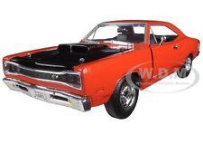 1969 DODGE CORONET SUPER BEE ORANGE 1:24 DIECAST MODEL CAR BY MOTORMAX 73315