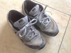 NIKE Air Max 🤗 Schuh Sportschuh Sneaker Gr 34 grau