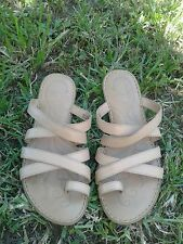 Womens Born Toe Ring Leather Comfort Shoes Size 8/ 39