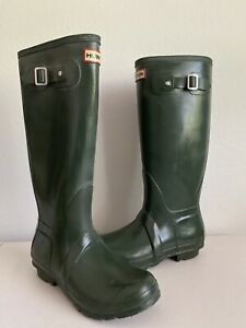 Hunter Green Original - Ribbed Waterproof Rubber Tall Boots - Size 6M