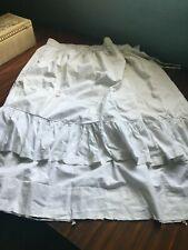 Ancien jupon de campagne, en coton blanc hauteur 85 cm