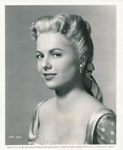 MARTHA HYER Original Vintage 1956 SHOWDOWN AT ABILENE Universal Portrait Photo