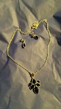 Avon Floral Clusters Necklace & Earrings Gift Set Silvertone