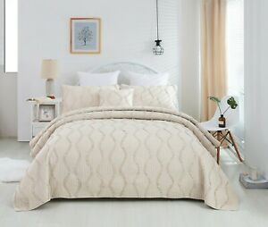 DaDa Bedding French Country Charm Hourglass Ruffles Ivory Cream Bedspread Set