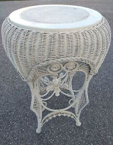 Vintage Woven Rattan Coffee Accent End Side Table Wicker Boho Coastal Beach Tall