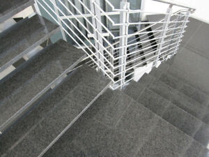 ✔ Granittreppe dunkel 15 Stufen Stellstufen + Sockel / Impala 3cm poliert✔