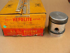 "Standard Flying Twelve    Pistons 69,5  mm + .060""  1937/48  New in BOX"