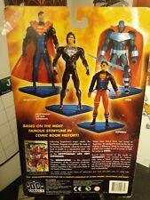 DC Direct - The Return Of Superman Wave 1: Kryptonian Life Suit SUPERMAN