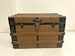 Vintage WOOD STEAMER TRUNK chest coffee table storage box brown toy antique loft
