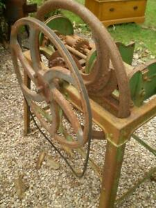 vintage chaff cutter cdd Bental made in england with pully & belt drive as found