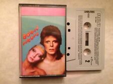 DAVID BOWIE - SPANISH CASSETTE SPAIN - PIN UPS