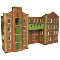 Metcalfe PO282 - Warehouse Building Die Cut Card Kit 00 Gauge - Tracked 48 Post