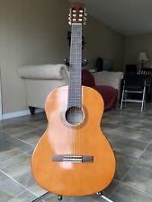 Yamaha C 40 Acoustic Guitar