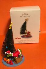 2008 Hallmark Keepsake Ornament A Smile Most Unpleasant The Grinch Christmas