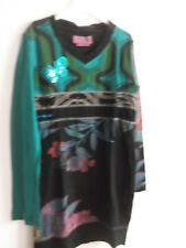 superbe   robe   DESIGUAL     taille   5  ANS   TBE